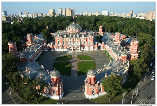 Петровский путевой дворец (аэрофотосъемка)